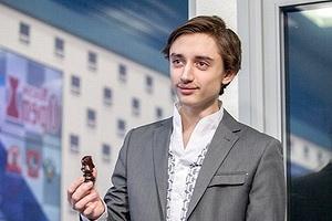 Даниил Дубов