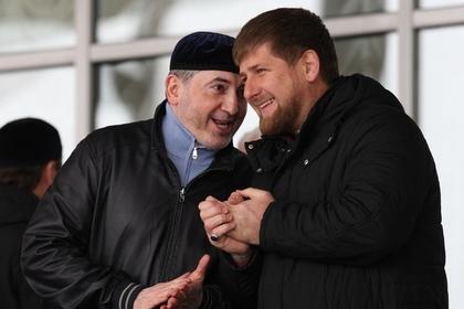 Глава Чеченской Республики Рамзан Кадыров (справа) и Ибрагим Белхароев