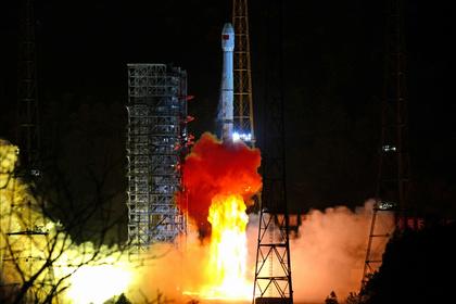 Запуск с космодрома Сичан в китайской провинции Сычуань 8 декабря