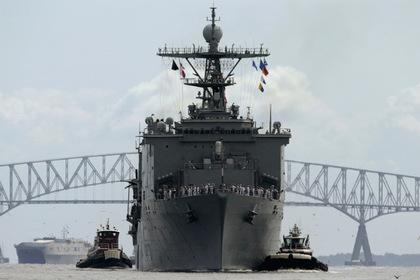 Большой десантный корабль «Форт Макгенри» ВМС США