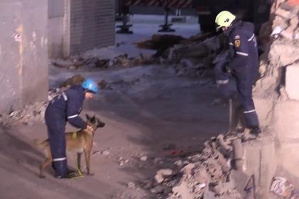 Ценные вещи обнаружены на месте обрушения дома в Магнитогорске