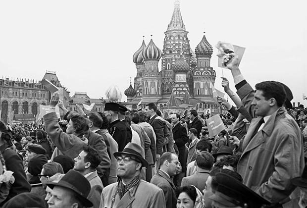 Первомайская демонстрация на Красной площади, 1960 год