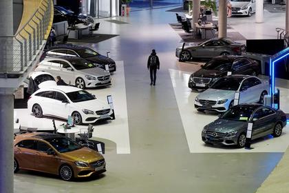 Россияне испугались налогов и закупились автомобилями