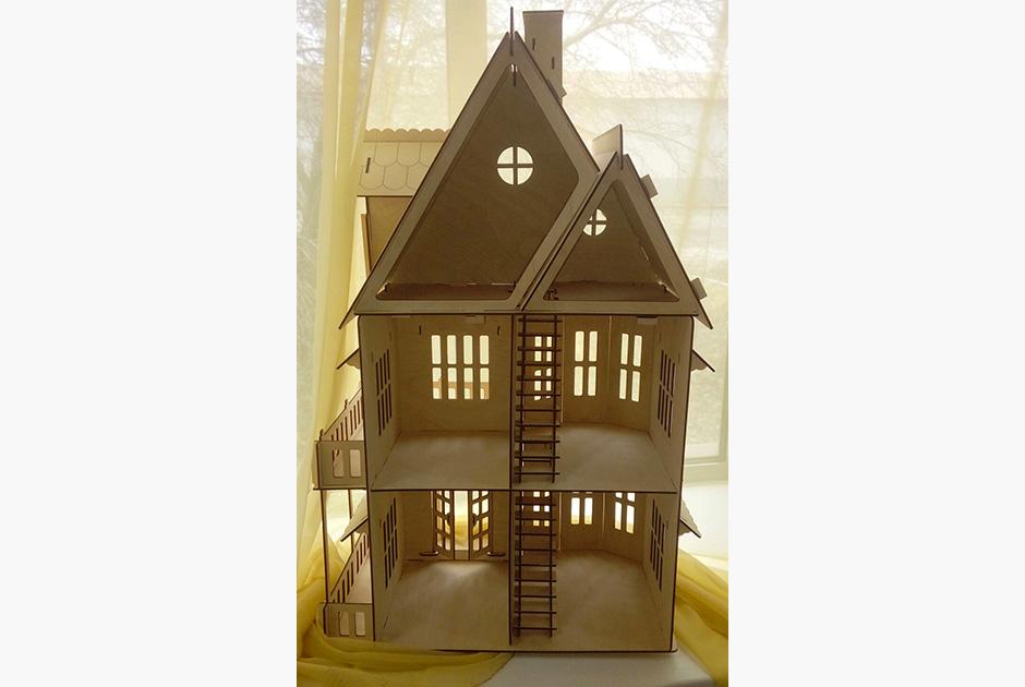 Кукольный домик от «Уралвагонзавода»