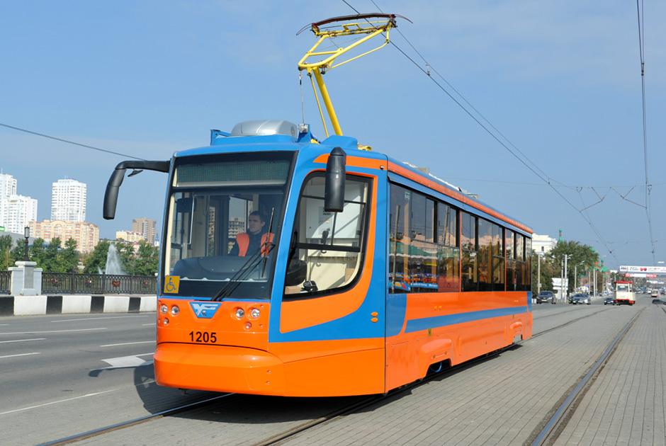 Трамвайный вагон от «Центра Хруничева»