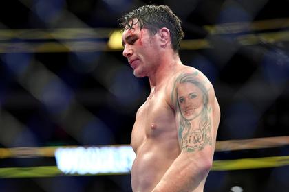 Англичанин из UFC захотел побить Макгрегора и назвал его фирменный виски дерьмом