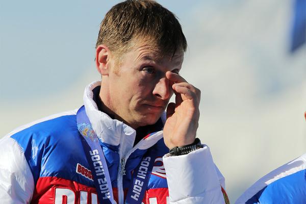 Россиянин отказался возвращать медали Олимпиады из-за страха лишиться льгот