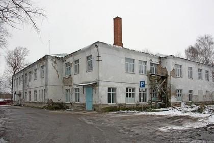 Чиновница посоветовала врачам полуразрушенной больницы помыть полы Перейти в Мою Ленту