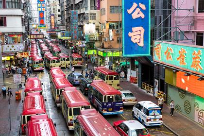Парикмахер без спроса подстриг пассажирку автобуса и был арестован