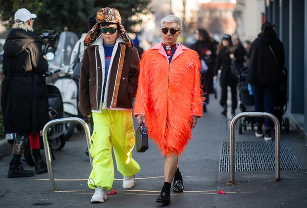 Филиппинский модный блогер Брайан Бой, гонконгский фэшн-журналист и стилист Деклан Чан и русская ушанка итальянского дома Prada. Мода стирает границы.