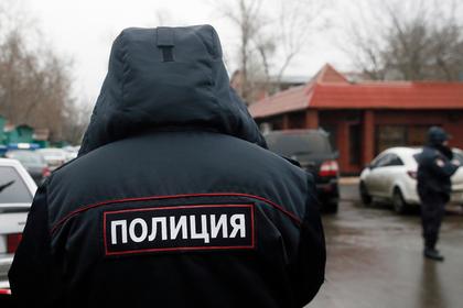Российский адвокат покусал полицейского и пошел под суд
