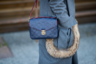 Если в начале «нулевых» для того, чтобы выглядеть модным парнем, достаточно было просто сумки Louis Vuitton, то сейчас нужно дополнить ее каким-нибудь экстравагантным пальто с карманами, отороченными натуральным мехом. Ну, или чем-нибудь в этом роде.