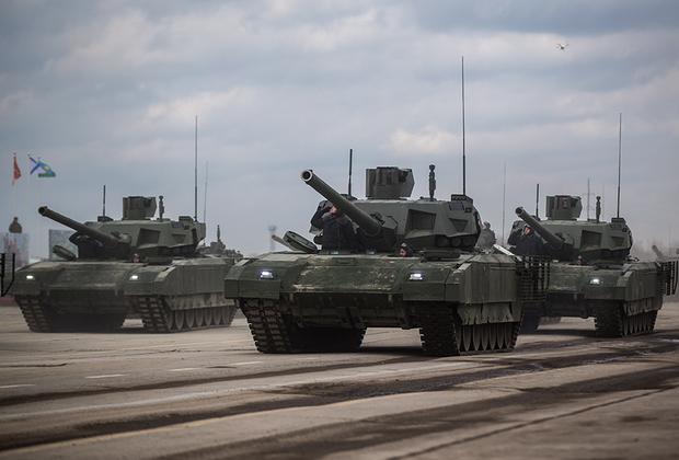 В 2019 году начнутся государственные испытания танка с необитаемой башней Т-14 «Армата». В общей сложности в период с 2019 по 2021 год российские военные должны получить 132 единицы Т-14 и боевых бронемашин Т-15, созданных на платформе «Армата».<br><br>Всего в 2019 году российские военные ожидают получить около 4,2 тысячи единиц автомобильной и бронетехники, а также 1,5 тысячи современных образцов ракетно-артиллерийского вооружения.