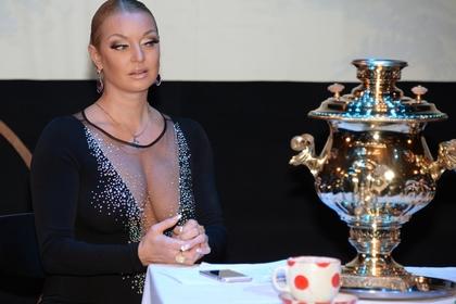 Решившая не возвращаться в Россию Волочкова вернулась в Россию