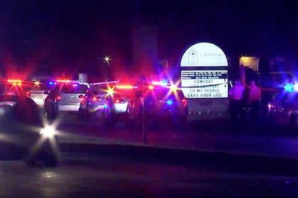 Мужчина расстрелял бывшую жену и дочь возле церкви