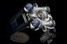 Напоминающие космический корабль часы в стальном корпусе с ротором из платины и с выпуклыми сапфировыми стеклами завершают серию Horological Machine. Выпущены ограниченной серией из восьми экземпляров.
