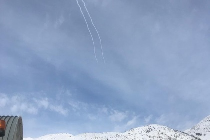 Израильские ракеты, сбивающие цель над Голанами