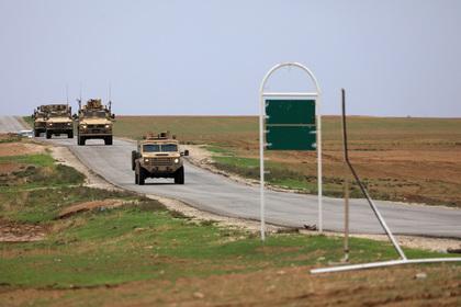 Смертник атаковал колонну американских и курдских военных в Сирии