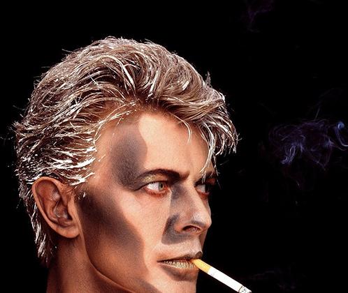 Горман использовал Дэвида Боуи в качестве модели на протяжении 15 лет, но фотосессия, сделанная во время съемок клипа Blue Jean в 1984 году, выделяется на фоне других — все из-за фантастического грима музыканта, с которым Боуи будто превратился в героя комикса. Макияж музыканту делала визажистка Филлис Коэн.