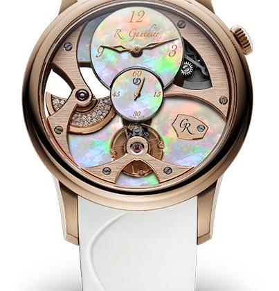 Циферблат этих часов в 39,5-миллиметровом корпусе выполнен из пластинок австралийского опала, ротор автоматического механизма, видный сквозь частично скелетонизированный циферблат, павирован бриллиантами. Часы выпущены лимитированной серией из пяти экземпляров.