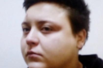 Огорченная тарифом москвичка избила таксиста и угнала его машину