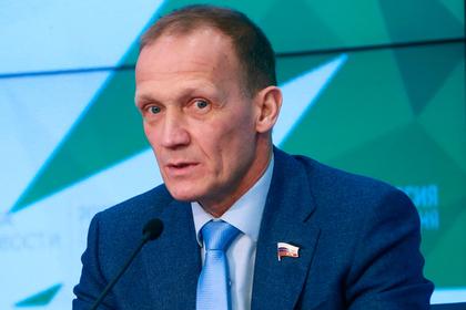Глава российского биатлона прервал интервью после вопроса о допинге