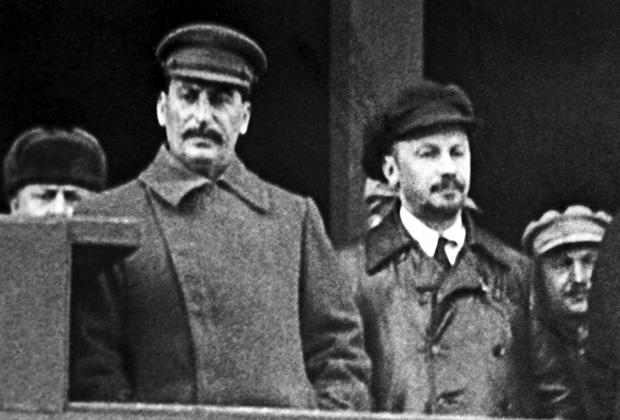 Иосиф Сталин и Николай Бухарин