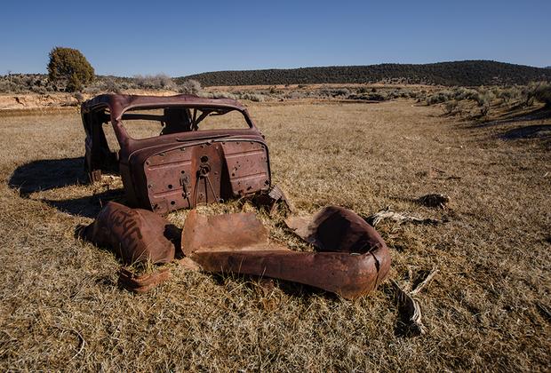 Случайный автомобиль, найденный где-то на просторах Америки.