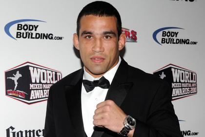 Экс-чемпион UFC спас жизнь ребенку