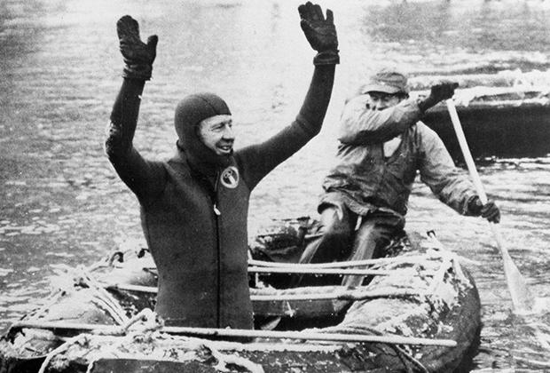В 1972 году Амарилло Слим поспорил, что спустится на плоте по опасной реке в Айдахо, и сделал это