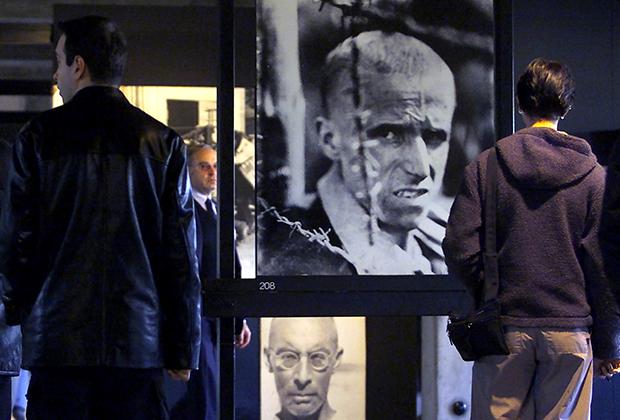 Выставка на месте концлагеря Дахау