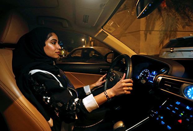До того, как женщин пустили за руль в Саудовской Аравии, гражданки этой страны прилетали в Бейрут, просто чтобы на законном основании получить права и насладиться вождением.