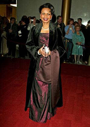Кондолиза Райс на благотворительном балу Kennedy Center Honors в 2004 году