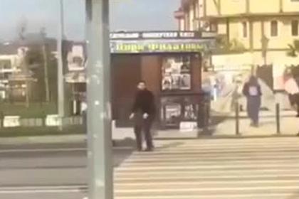 Очевидцы сняли массовую драку со стрельбой в Олимпийском парке Сочи