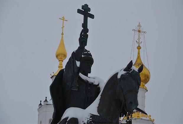 Памятник царю Ивану IV Грозному в Орле