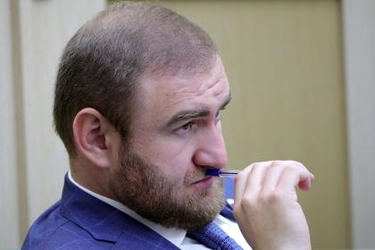 Задержанного сенатора Арашукова заподозрили в новых убийствах