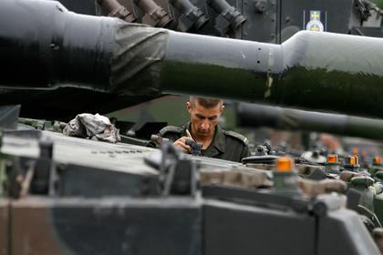 Объяснено желание Польши заиметь больше американских военных