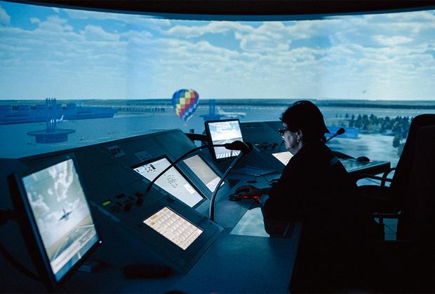 Центр обучения диспетчеров в Ульяновском институте гражданской авиации имени главного маршала авиации Б.П. Бугаева.