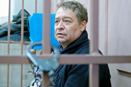 Арестанта в «Лефортово» захотели наказать за портрет Путина