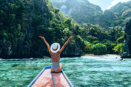 Открылась вакансия путешественника с зарплатой сто тысяч долларов в год