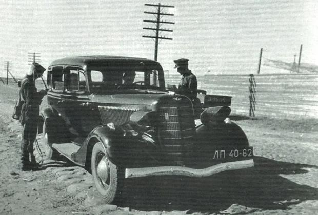 Автомобиль НКВД