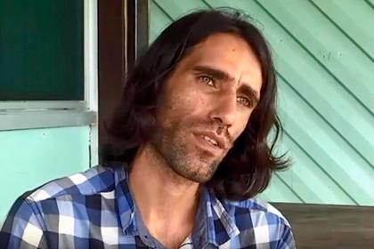 Беженец получил престижную премию за написанную через WhatsApp книгу