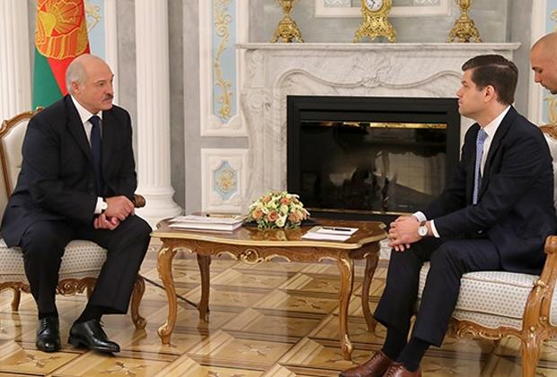 Александр Лукашенко и Уэсс Митчелл