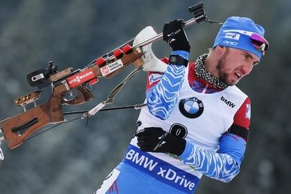 Российские биатлонисты приехали на соревнования без винтовок