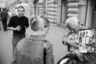 «Это просто улица в центре, где можно было всегда купить холодное пиво и паленое курево. Везде ходили бабушки, дедушки с большими сумками, продавали нелегальный алкоголь и табачную продукцию», — объясняет фотограф.