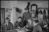 Немецкие солдаты играют в карты. Украина, 1941 год.