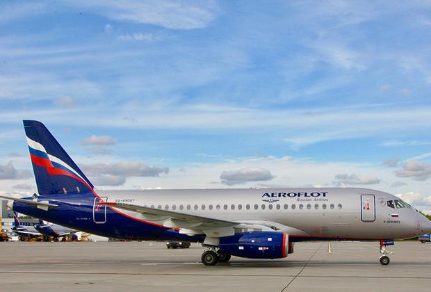 «Аэрофлот» является стартовым покупателем и крупнейшим эксплуатантом в России современных лайнеров Superjet 100. На данный момент парк компании насчитывает 50 самолетов данного типа. А осенью прошлого года «Аэрофлот» и Объединенная авиастроительная корпорация заключили соглашение на поставку еще 100 самолетов Superjet 100.