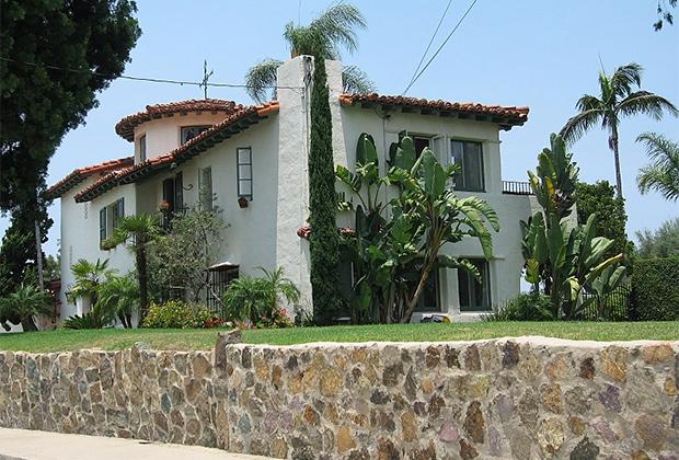 Бет-Сарим —один из примеров классической для южной Калифорнии виллы. Вокруг Сан-Диего в 1920-30-е годы было построено несколько десятков домов в таком стиле.
