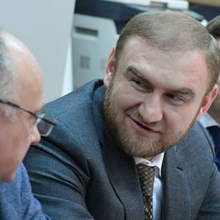 Рауф Арашуков в зале суда