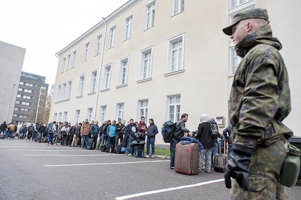 Мигранты в Финляндии снова изнасиловали несовершеннолетних